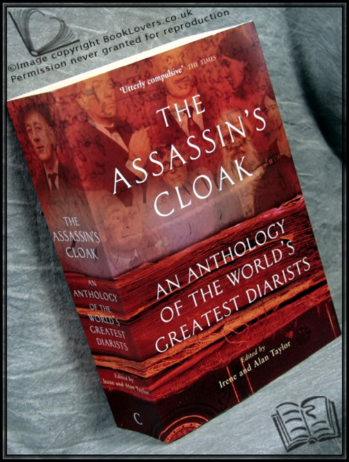 The Assassin's Cloak - Edited by Irene Taylor; Alan Taylor;